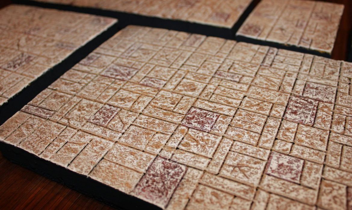 Dungeons & Dragons – Homemade dungeon tiles – Scrollmaster