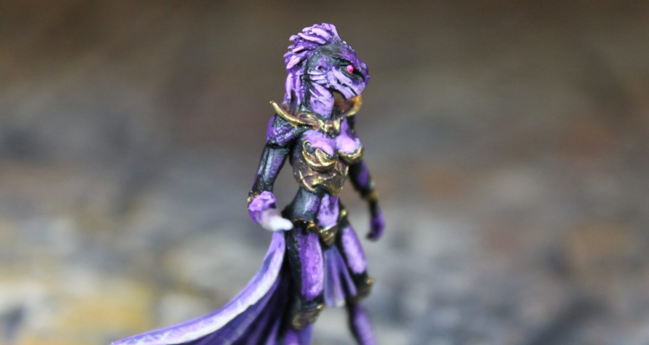 Dungeons & Dragons – Female Shadow Dragonkin Sorcerer (Dark Sword Miniatures)