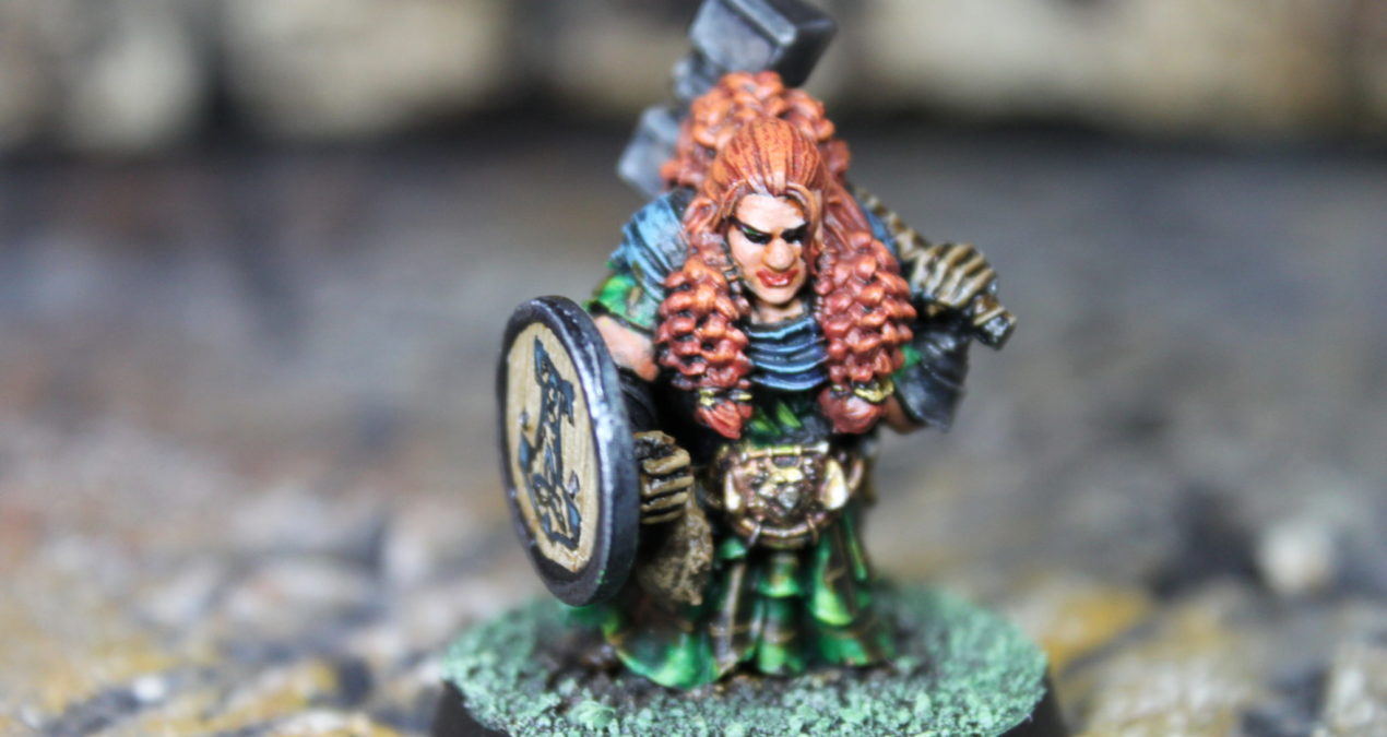 Dungeons & Dragons – Female Dwarf Warrior (Atlantis Miniatures)